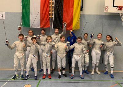 Mädchen in der Wettkampfklasse II (Jahrg. 2003 – 2007) der Waffengattung Säbel